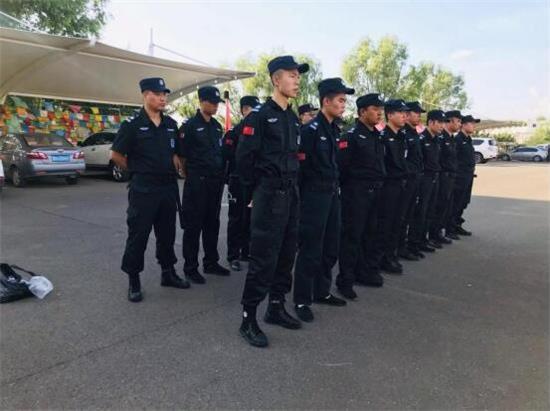锦安安防蒙古风情园电音节勤务活动